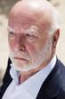 homme 60s retraité business