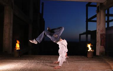 hip-hop dancer in fly