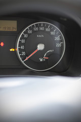 speedometer on minimum level