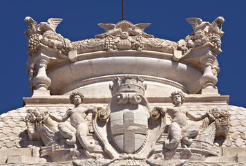 Emblem of Marseille at the Longchamp palace