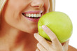 woman eat apple