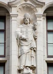 Saint Dunstan statue, London