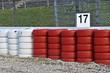 Formel 1-Rennstrecke - Kiesbett, Reifenstapel, Umzäunung