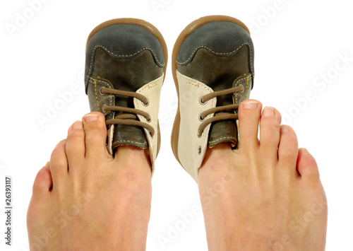 Leinwandbild Motiv Uncomfortable shoes