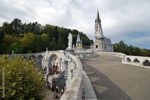 Cathédrale Notre Dame du Rosaire à Lourdes Poster