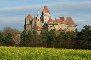 Burg Kreuzenstein I