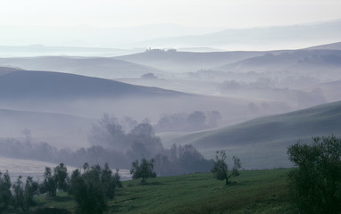 Hügellandschaft Toskana Morgennebel Morgenstimmung