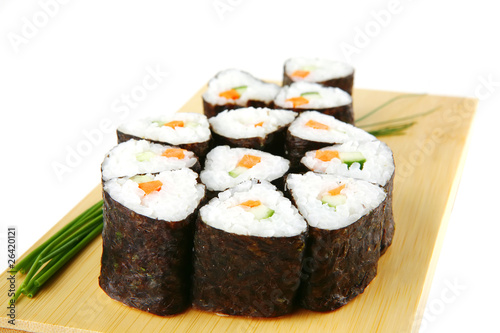 sushi rolls with shnitt onion