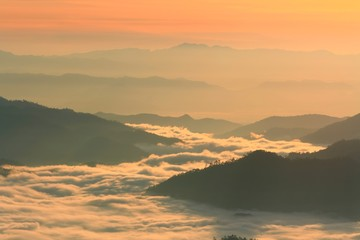 Huay Nam Dung. Beutiful Sunrise with sea of mist Thailand