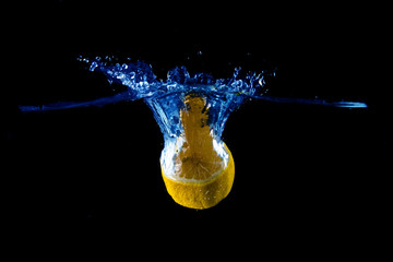 Lemon splashing