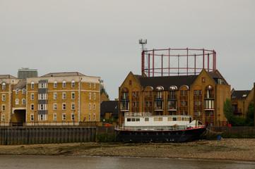 gasometer Wohnhaus Architektur London Ufer Stufen