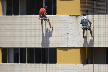 Arbeiten an der Gebäudefassade