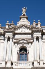 Facciata della Basilica di Pompei (NA)