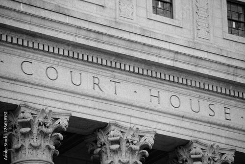 Leinwanddruck Bild Court House Exterior