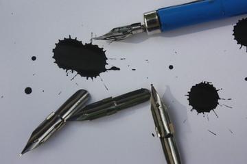Dessin à l'encre de chine -Galligraphie