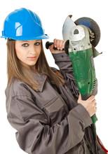 Kobieta robotnik szlifierka
