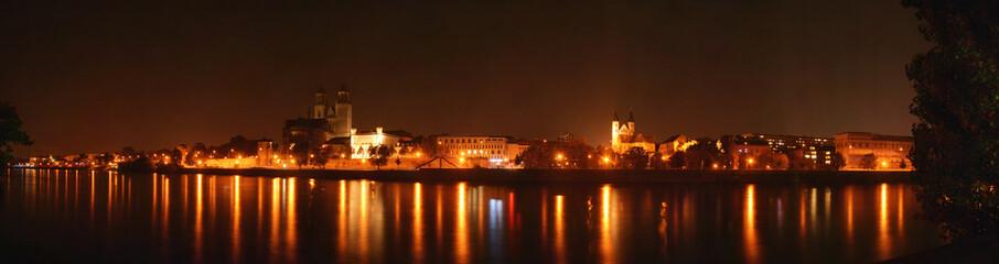 Panorama mit Magdeburger Dom u. Kloster unser Lieben Frauen