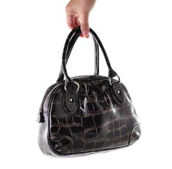 Woman's Leather Handbag with hand