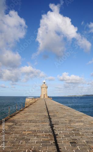 Papiers peints Port Harbour wall at St Peter Port, Guernsey