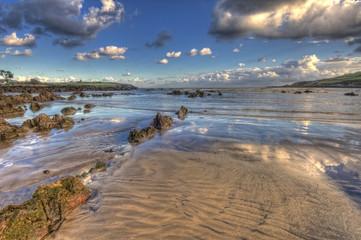 Reflejos en la costa.