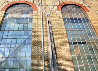 façade d'une vieille fabrique