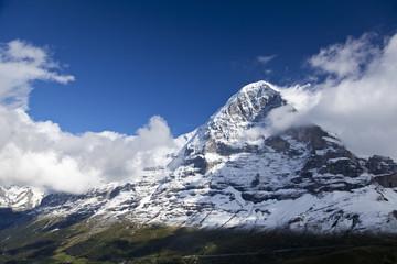 Eiger Nordwand mit Schnee