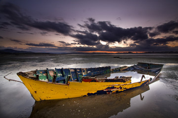 Bote abandonado