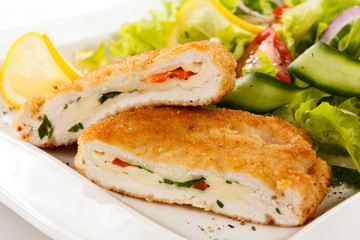 Stuffed turkey fillet and vegetable salad