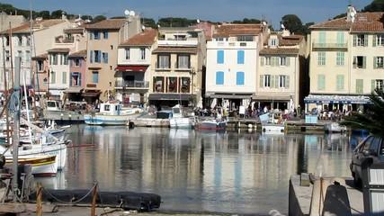 Quais du port de Cassis
