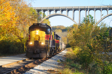Train approaching below bridge over Ohio's Cuyahoga Valley