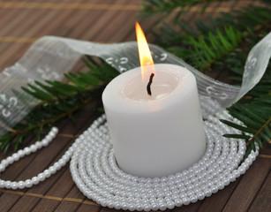 Kerze, Perlen