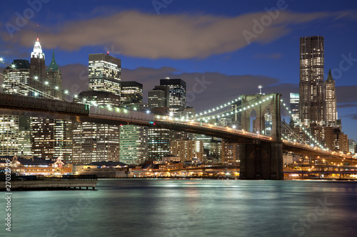 panorame-nowego-jorku-brooklyn-bridge