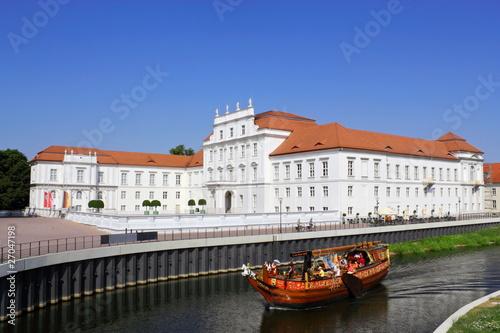 Leinwandbild Motiv Schloss Oranienburg