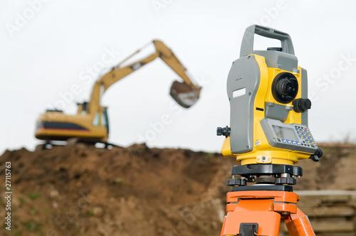 Leinwandbild Motiv Surveyor equipment theodolite