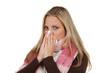 kranke frau mit einer erkältung