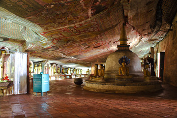 paintings in the famous rock tempel of Dambullah, Sri Lanka