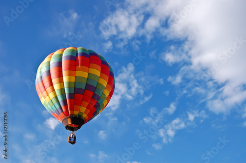 Deurstickers Ballon Hot Air Balloon and Clouds
