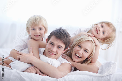 Leinwandbild Motiv Happiness family