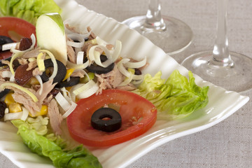 Salad with tuna corn leek and olives