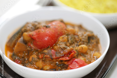 Chickpea, Red Pepper and Spinach Curry