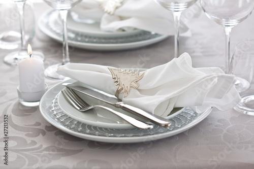 Papiers peints Table preparee white christmas table setting