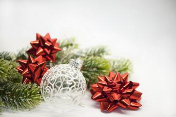 Weihnachten Schmuck Kugel Weiss Dekoration Rot Tannenbaum