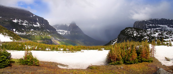 Snow covered mountains at Logan pass in Glacier national park