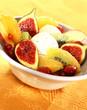 Minestrone de fruits flambés et glace vanille