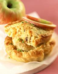 Pie aux pommes et aux fruits secs