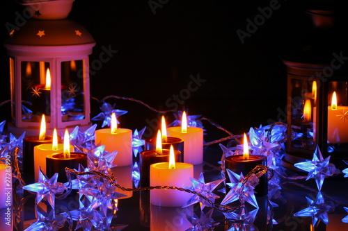 Papiers peints Table preparee lichterkette