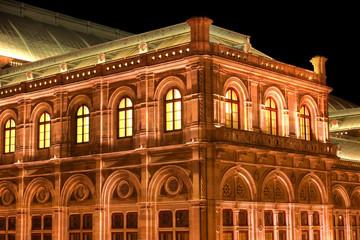 Wiener Oper bei Nacht