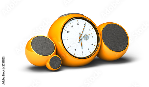 radio réveil vintage orange, alarm clock over white