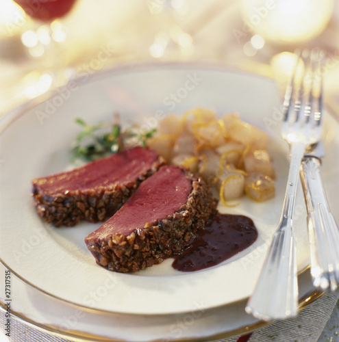 Crunchy venison fillets with chestnuts