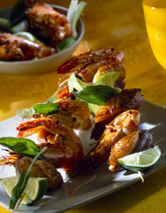 Shrimp and duck brochettes